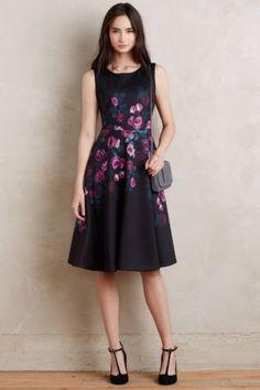 NEW-Anthropologie-Sugar-Rose-Neoprene-Dress-by-Erin-Fetherston-Black-Size-2-4