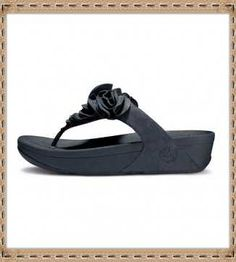 f25ffdaef1a8 Shop for Females s sneakers FitFlop Sandals Avmmaowc at  fitflopclearancesale.com. Fitflops Retail Store Offer