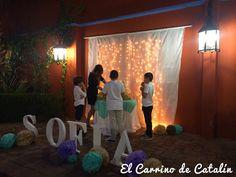 #decoracion #bodas #comuniones #bodegon mesa de #limonadas. #eventos #decorados #cortinadeluces #decoracionconluces