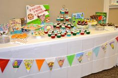I am in LOVE with the idea of a story book themed baby shower Storybook Party, Storybook Baby Shower, Book Birthday Parties, Birthday Ideas, Baby Shower Games, Baby Showers, Food Themes, Shower Party, Party Time