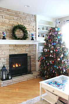 Merry and Bright Christmas Home Tour 2014 - A Pretty Life In The Suburbs