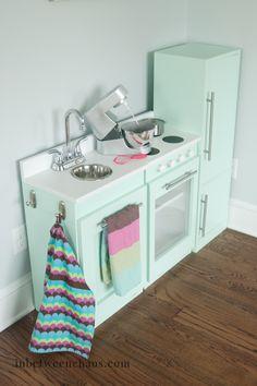 Kids Play Kitchen DIY Style