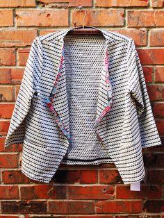 | corey lynn calter | 'devora' blazer - $249 #prespring #coreylynncalter #blazer #shop #daintyliontx visit us: www.daintylion.com
