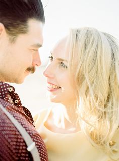 Picnic on the Beach Engagement Session   Wedding Sparrow   Hanke Arkenbout Photography