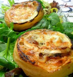 Artichoke hearts with warm goat cheese - Ôdélices recipes - entree - Easy Salad Recipes Easy Salad Recipes, Veggie Recipes, Whole Food Recipes, Great Recipes, Vegetarian Recipes, Healthy Recipes, Tapas, Fruits And Veggies, No Cook Meals