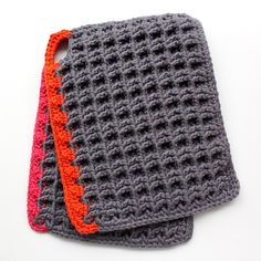 crochet neon & gray - great colors for spring Crochet Kitchen, Crochet Home, Crochet Gifts, Knit Crochet, Easy Diy Crafts, Yarn Crafts, Baby Pullover, Crochet Potholders, Yarn Thread
