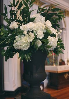 Southern Productions is a Meridian, Mississippi based Wedding Planner and Florist Hydrangea Arrangements, Wedding Arrangements, Meridian Mississippi, Urn, Floral Wedding, Wedding Ceremony, Wedding Planner, Club, Country