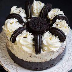 BOLO COOKIES & CREME OREO ICE CREAM❤  Ingredientes Crosta de cookie 25 biscoitos Oreo (ou qualquer cookie de sanduíche de chocolate) 2 colheres de sopa ... - Ro Oliveira - Google+