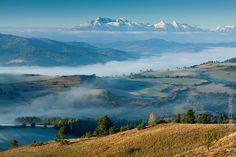Pieniny Mountains and Tatras at sunrise   www.magdachudzik.pl