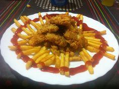 Núgets amb patates i ketchup