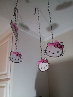 Hello Kitty Party streamers set of 10, I can make these to hang from the arch or the trees?