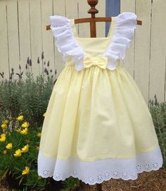 Yellow and White Frilly Lace Dress for Girls Cotton Sun dress in Size 4 Handmade Ready to Ship Spring Summer Easter Dress Little Dresses, Little Girl Dresses, Girls Dresses, Pagent Dresses, Dresses Dresses, Fall Dresses, Long Dresses, Dress Long, Nice Dresses