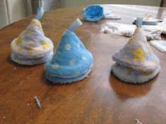 Sew baby boy tinkle tents.