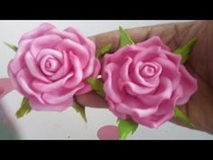 YouTube Big Paper Flowers, Diy Lace Ribbon Flowers, Ribbon Flower Tutorial, Ribbon Embroidery Tutorial, Fabric Flowers, Album Vintage, Crepe Paper Crafts, Paper Quilling Tutorial, Material Flowers