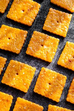 I cracked the code and figured out how to make Cheez Its at home. Turns out, it's way easier than you'd think! Homemade Cheez Its, Nutritional Yeast, Crackers, Cornbread, Vegetarian Recipes, Plates, Baking, Ethnic Recipes, Easy