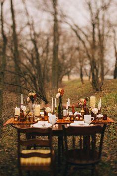 autumn outdoors tablescape
