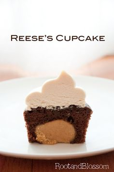 Reese's Peanut Butter Cupcakes topped with peanut butter buttercream! (Only use half the recipe for the peanut butter balls and the frosting. Reese's Cupcakes, Baking Cupcakes, Cupcake Recipes, Cake Cookies, Baking Recipes, Cupcake Cakes, Dessert Recipes, Butter Cupcakes, Cupcake Ideas