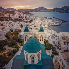 Naousa from a different perspective #paros #kyklades #greece
