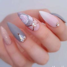 Beautiful nails by Ugly Duckling Benelux Distributor 😍Ugly Duckling Nails is dedicated to keeping love, support, and positivity flowing in our industry ❤️ Cute Acrylic Nails, Matte Nails, My Nails, Nails Inc, Fabulous Nails, Gorgeous Nails, Pretty Nails, Nagellack Design, Nagellack Trends