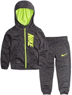 This boys' Nike Therma-FIT zip hoodie and pants set offers a coordinated and sporty look. Cute Outfits For Kids, Toddler Outfits, Baby Boy Outfits, Baby Boy Nike, Baby Boy Swag, Luxury Baby Clothes, Cute Baby Clothes, Toddler Boy Fashion, Toddler Boys