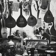 Market of Portugal in the Pics by Eduardo Gageiro. Photo Portugal, Vintage Photography, Street Photography, Art Photography, Santiago Do Cacem, Willy Ronis, We Are The World, Illustrations, Black And White