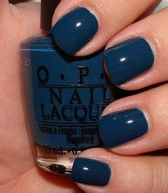 Ski Teal we drop - OPI, got such amazing compliments on my new polish. Of course, it matched the shoes.