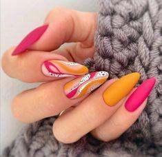 Subtle Nail Art, Cool Nail Art, Best Nail Art Designs, Fall Nail Designs, Love Nails, Fun Nails, Jolie Nail Art, Nail Polish, Latest Nail Art