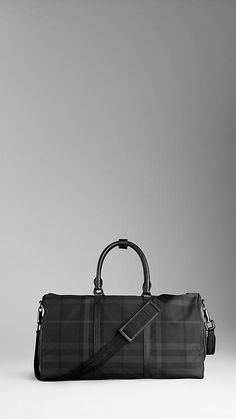 Burrberry Large Beat Check Holdall