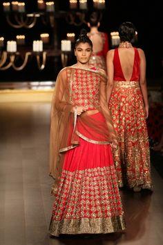 Manish Malhotra at India Couture Week 2014