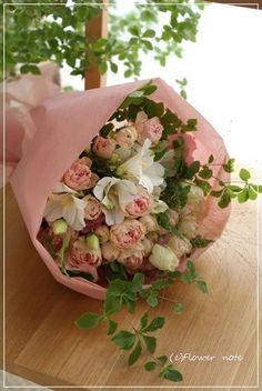 『【今日の贈花】アメリカへ赴任するお友達へ』