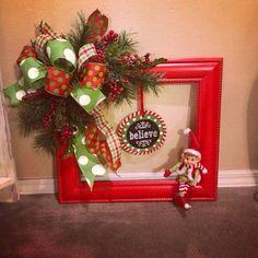 Christmas Picture Frames, Christmas Frames, Christmas Pictures, Christmas Projects, Holiday Crafts, Diy Christmas, White Christmas, Holiday Decor, Picture Frame Wreath