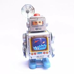 Cheap tin toys, Buy Quality clockwork wind up directly from China tin tin toys Suppliers: Classic collection Retro Clockwork Wind up Metal Walking Tin Toy The astronaut robots Mechanical kids christmas gift Classic Ro, Metal Models, Tin Toys, Christmas Gifts For Kids, Metal Crafts, Classic Collection, Kids House, Retro, Antiques