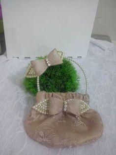 Kit bolsa tiara bege dourado