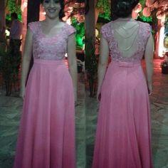 Vestido Degradê... da nossa amiga linda , o proximo é o de noiva né Tati...rsrs #bridal #altacostura #hautecouture #sarta #vestidos #rosa #casamento #madrinha #marriage #luciastartare