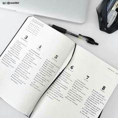 minimal bullet journal spread