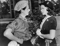 "mis actrices preferidas — Freddie Bartholomew-Judy Garland""Listen, darling""... Margaret Hamilton, Marcello Mastroianni, Anita Ekberg, Anne Shirley, Marlene Dietrich, Hollywood Actor, Classic Hollywood, Hollywood Actresses, Beverly Hills"