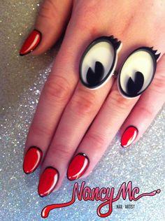 Nancy Me nails