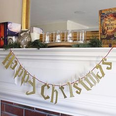 Have a Happy Christmas With This Easy Harry Potter DIY, DIY and Crafts, Have a Happy Christmas With This Easy Harry Potter DIY: The only way to make the holidays even happier is to add a healthy dose of Harry Potter to the. Harry Potter Christmas Decorations, Harry Potter Ornaments, Harry Potter Christmas Tree, Hogwarts Christmas, Harry Potter Halloween, Holiday Decorations, Harry Potter Banner, Harry Potter Decor, Harry Potter Style