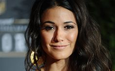 Download wallpapers Emmanuelle Chriqui, smile, canadian actress, brunette, beautiful women