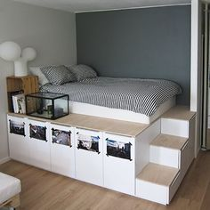 Next Post Previous Post 8 DIY Storage Beds to Add Extra Space and Organization to Your Home DIY-Lagerbetten, um Ihrem. Diy Storage Bed, Under Bed Storage, Storage Hacks, Bedroom Storage Ideas For Small Spaces, Bedroom Storage Solutions, Underbed Storage Ideas, Decor For Small Bedroom, Small Bed Room Ideas, Interior Design Ideas For Small Spaces