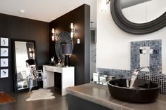 Dramatic bathroom, great side vanity