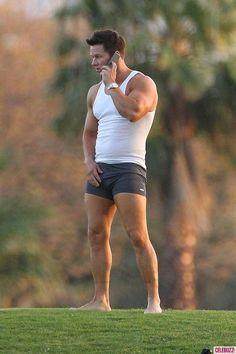 Mark Wahlberg Strips Down to His Underwear On Set paulnportland
