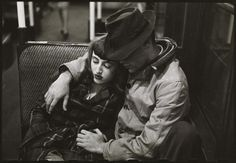 Couple on a subway // photo by Stanley Kubrick // 1946