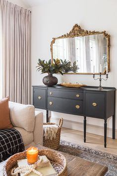Home Living Room, Living Room Decor, Living Spaces, Dining Room, Home Design, Design Design, Decoration Design, Autumn Home, Cozy House