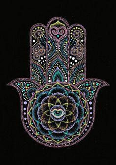 Dot Painting - Dot Hamsa Hand Mandala by Nobuaki Suzuki