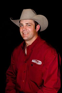 Bray Armes, 3x NFR Qualifier