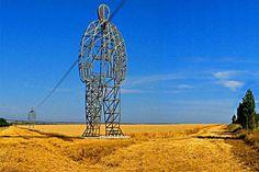 Torres de Transmisión muy originales en Rusia por DesignDepot