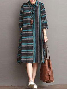 Muslim Fashion, Hijab Fashion, Boho Fashion, Fashion Dresses, Model Dress Batik, Batik Dress, Kurta Designs, Blouse Designs, Linen Dresses