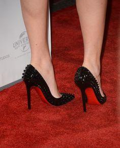 http://www.stylebistro.com/lookbook/Megan Fox/wSjLiLV83dC/angle/EPdtJrNOdDS