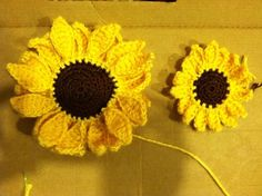 Crochet Sunflower Pattern Everything Amber Skye Small Crochet Sunflower Pattern Included Crochet Sunflower Pattern Free Crochet Flower Pattern How To Crochet A Rose Sewing And. Crochet Puff Flower, Crochet Sunflower, Knitted Flowers, Sunflower Pattern, Crochet Flower Patterns, Love Crochet, Crochet Motif, Diy Crochet, Crochet Crafts